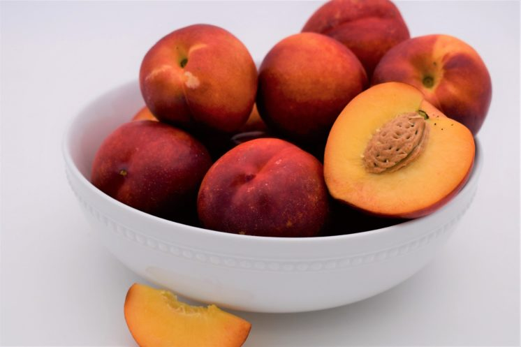 3 pounds of nectarines