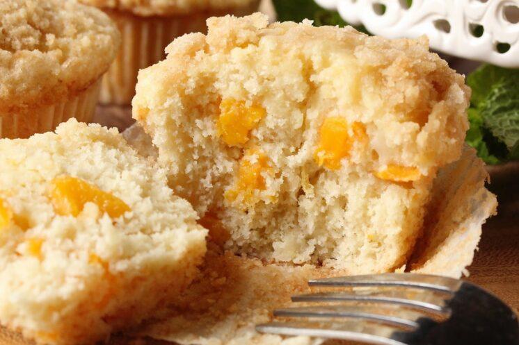 peach muffins with cream cheese