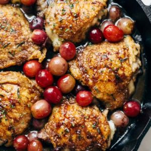 skillet chicken with grapes and onions