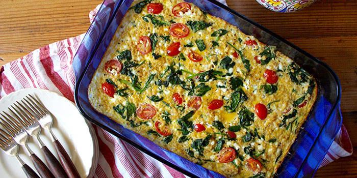 Spinach Tomato & Quinoa Breakfast Casserole