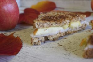 "Herb Apple Grilled ""Cheese"""