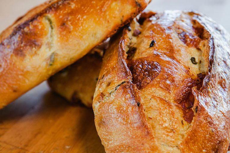 Jalapeño cheese bread
